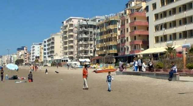 Çmimet e apartamenteve rritën me 3.3% në Tiranë, bien në bregdet