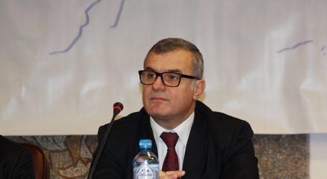 Bujar Leskaj rikthehet në krye të KLSH, sigurohet normaliteti në institucion