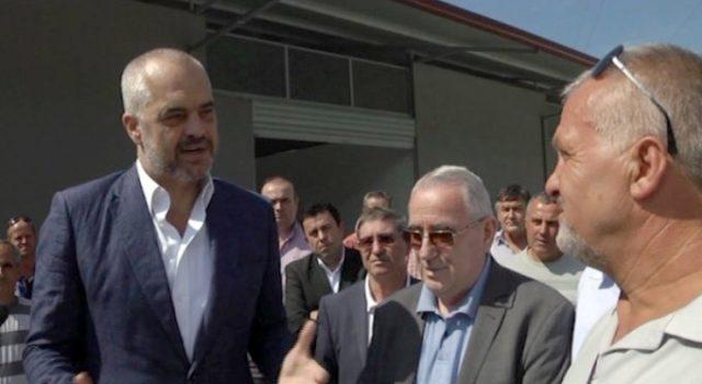 FOTO & EMRI/ Elbasan, kush është biznesmeni i njohur që përplasi policinë me makinë të blinduar