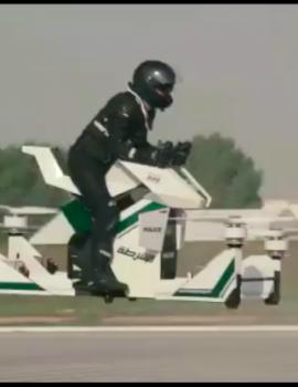 FOTO GALERI/ Policia e Dubait e kap krimin në ajër…, me dron