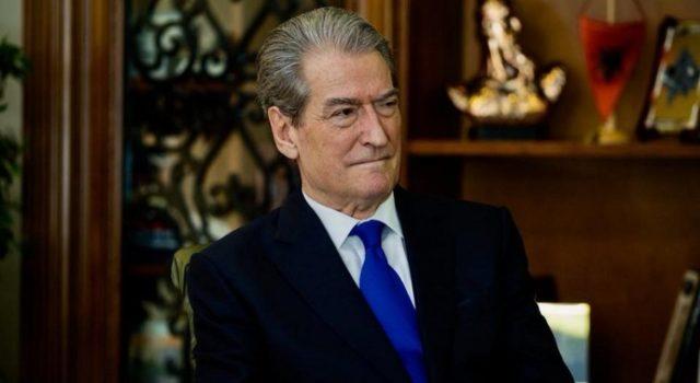 Berisha: Diplomatët që munguan në festën e PD-së, janë pasionantë e të thekur pas Ramës