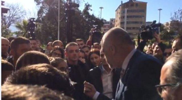 """Fakulteti Ekonomik i thyen turinjtë Edvinit"""", Berisha publikon videon"""
