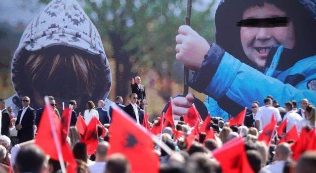 I morën foton e djalit për miting pa autorizim, aktivisti merr hapin e parë për të ndëshkuar PS