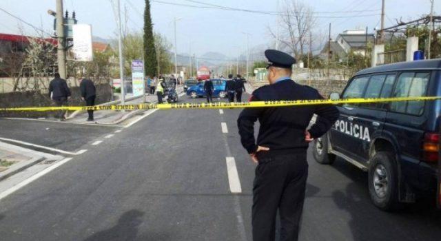 E FUNDIT/ Makina përplas biçikletën në Lushnjë, 1 i plagosur