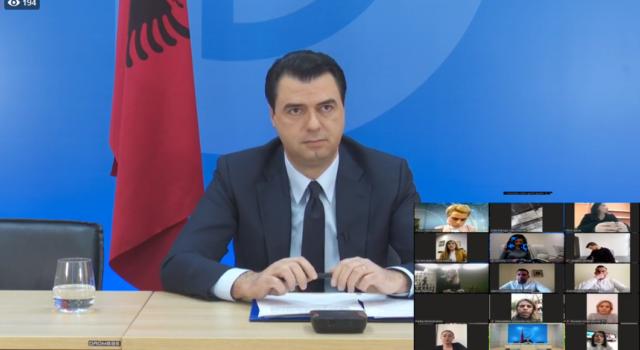 """VIDEO/""""Jo debat politik"""", Basha në komunikim virtual me gazetarët: Qeveria të rritë numrin e testimeve"""
