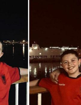 FOTOLAJM/I shëndetshëm dhe i lumtur, Alvin Berisha mbërrin në Durrës