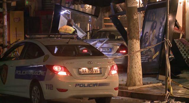 Gruaja që futi makinën në lokal bie në pranga, 3 persona në spital